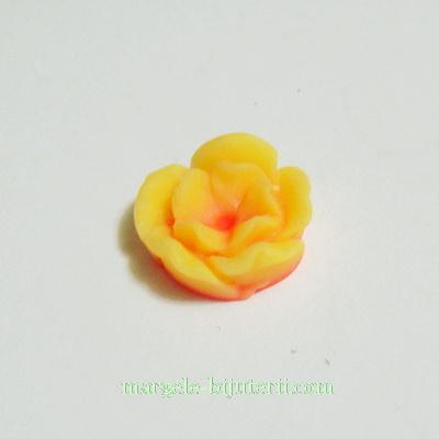 Cabochon rasina, flori galbene cu interior portocaliu, 13x6mm 1 buc