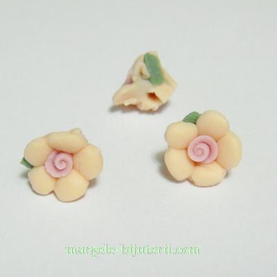 Margele portelan, floare crem, 10x7mm 1 buc