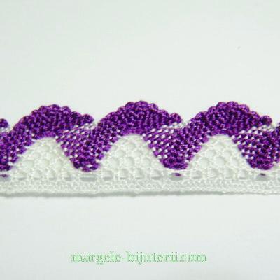 Dantela alb-violet, 15-20mm, cu adeziv 95 cm