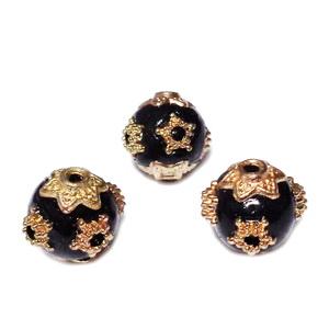 Margele indoneziene, negre, cu accesorii aurii, 11~12mm 1 buc