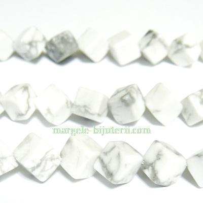 Howlite alb, cubic, orificiu pe diagonala, 6mm 1 buc
