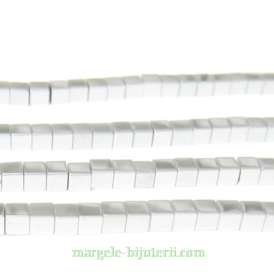 Hematite nemagnetice, argintii, placate, cub 2.3x2.3mm 1 buc