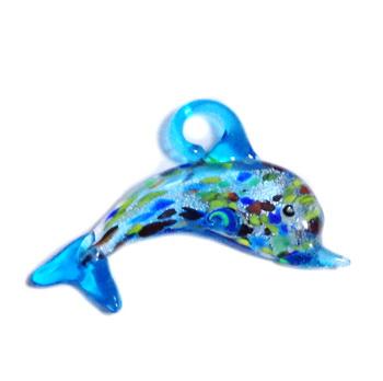 Pandantiv sticla, lampwork, cu foita argintie, delfin, bleu, 60x34mm 1 buc