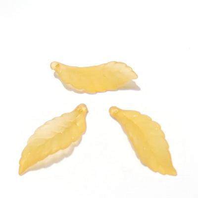 Frunza acrilica, frosted, portocalie, 30x11x2mm 1 buc
