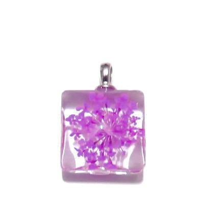 Pandantiv sticla, patrat, 20mm, interior floare violet 1 buc