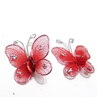 Fluturasi organza rosii cu glitter, pe sarma modelaj, 24x24mm  1 buc