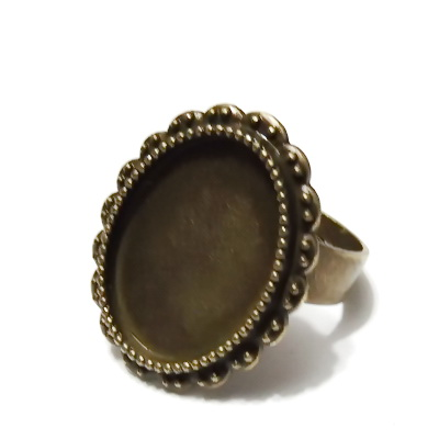 Baza cabochon, culoare bronz, inel, reglabil, platou 24x19mm, interior 18x13mm 1 buc