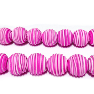Margele fimo cu liniute roz si albe, 11~12mm 1 buc
