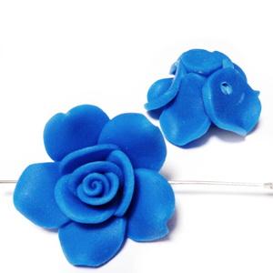 Margele polymer, floare albastra, 29~31x13~15 mm 1 buc