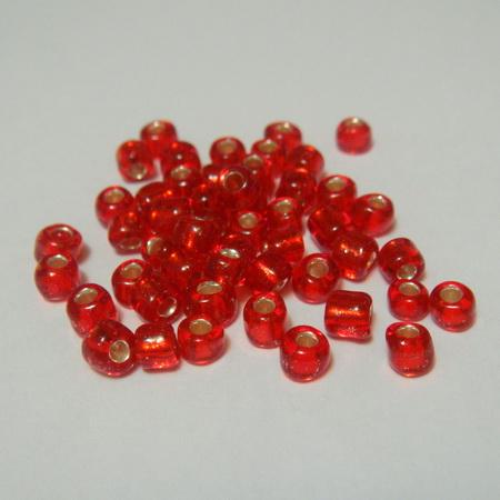 Margele nisip, rosii, cu interior argintiu, 4mm 20 g