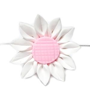 Margele polymer, floare alba cu roz, 30x12mm 1 buc