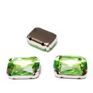 Margele montee rhinestone, plastic, verde deschis, dreptunghiulare, 14x10x5mm 1 buc