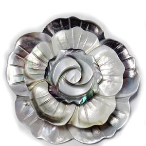 Brosa/pandantiv sidef gri, floare 47mm 1 buc