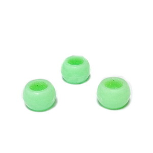 Margele plastic, verde deschis, 8x6mm, orificiu 4.5mm 1 buc