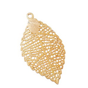 Pandantiv metalic, placat cu aur, frunza 27x15x0.2mm 1 buc