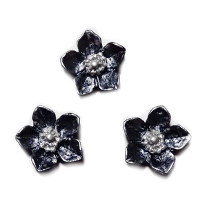 Cabochon rasina negru, sidefat, floare 12.5x12.5x3.5mm 1 buc