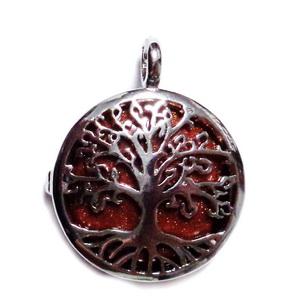 Pandantiv argintiu inchis cu copacul vietii si cu cabochon piatra soarelui maro, 32x25x8mm 1 buc