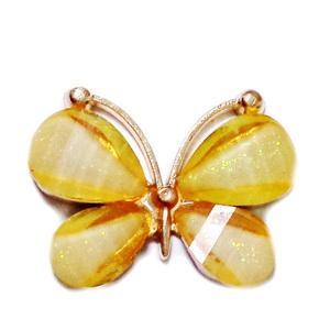 Pandantiv metalic auriu cu rasina portocalie si glitter, multifete, fluturas 21~22x28~29x4.5mm 1 buc