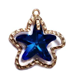 Pandantiv metalic auriu, 25x25mm cu stea de mare sticla albastra, 17x17mm 1 buc