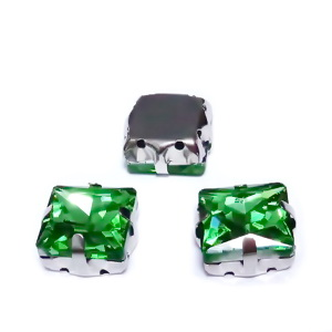 Margele montee rhinestone, sticla, patrate, verde deschis, 10.5x10.5x7mm 1 buc