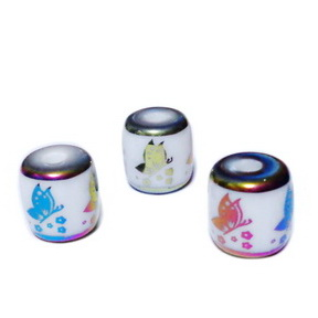 Margele sticla, albe cu fluturasi, electroplacate multicolor, 12x12mm 1 buc