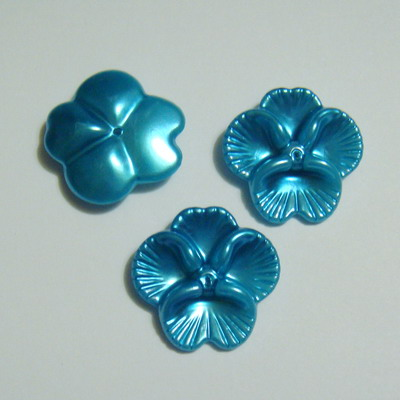Floricele plastic turcoaz 28mm 1 buc