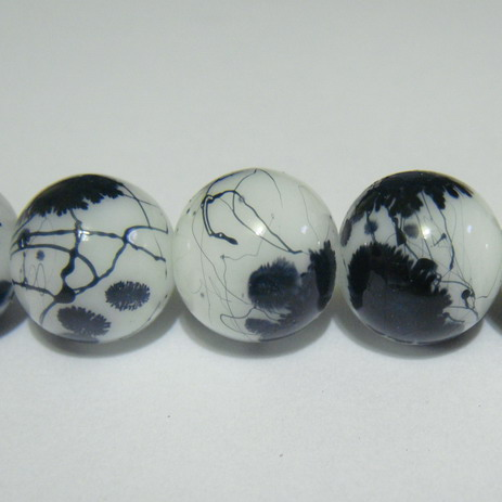 Margele sticla albe vopsite cu pete negre, 14mm 1 buc