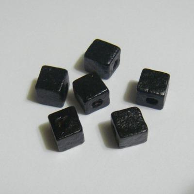 Margele lemn cubice negre 6mm 50 buc