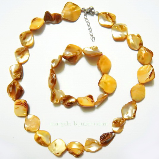 Colier si bratara perle sidef portocaliu, 15-18 mm 1 set