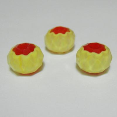 Margele sticla, lampwork, multifete, galbene cu interior rosu, 8x5 mm 1 buc