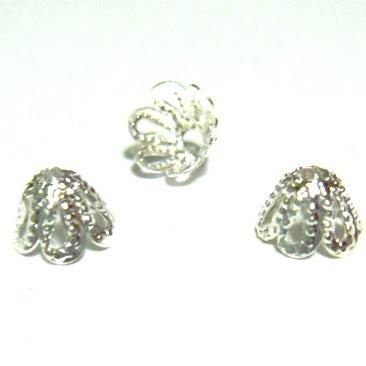 Capace filigran, argintii, cu 6 petale,  6x4mm 10 buc