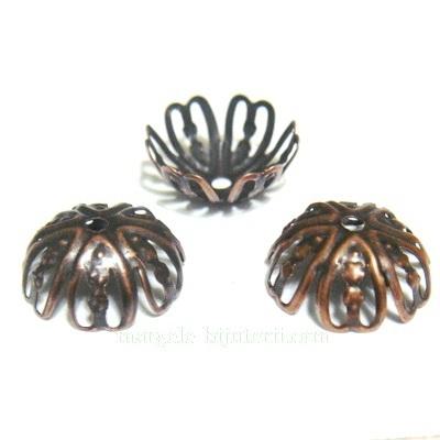 Capacele filigran cupru, cu 6 petale, 12x5 mm 10 buc