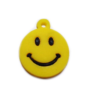 Pandantiv cauciuc galben, smile, 24x20x2mm 1 buc
