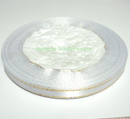 Saten alb cu fir lurex auriu, 7mm 1 rola 25 m
