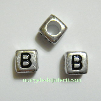 Margele alfabet, plastic argintiu, cubice 6x6x6mm, litera B 1 buc