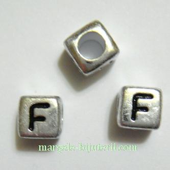 Margele alfabet, plastic argintiu, cubice 6x6x6mm, litera F 1 buc