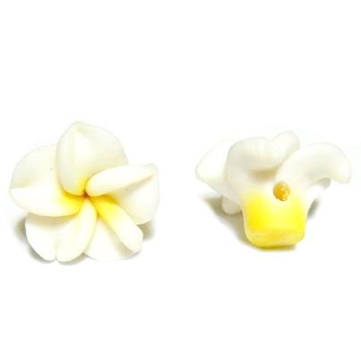 Margele polymer, floare plumeria alba cu 5 petale, 15x9mm 1 buc