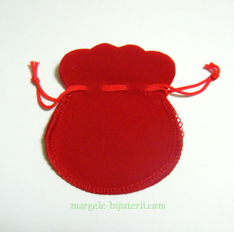 Saculeti catifea rosie, 5x7cm 1 buc