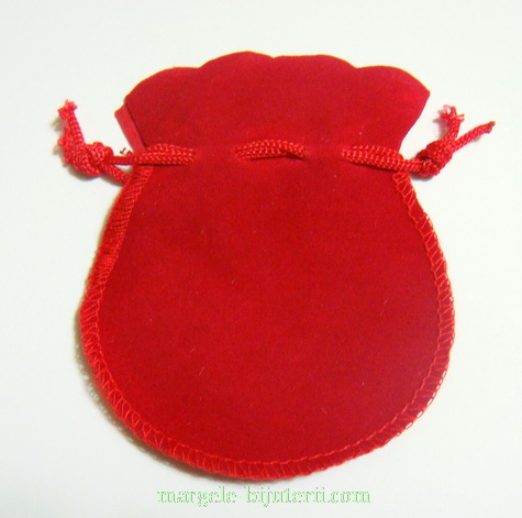 Saculeti catifea rosie, interior 6.5x6.5cm 1 buc