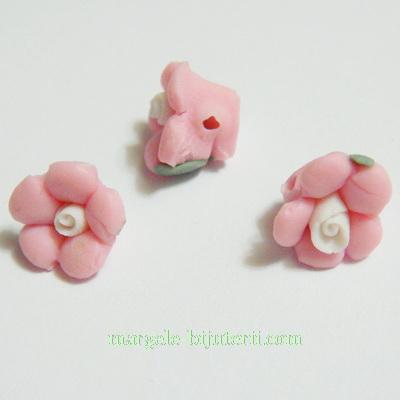Margele portelan, floare roz, 9x7mm 1 buc