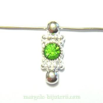 Distantier argintiu cu 2 orificii si stras verde, 20x8mm 1 buc