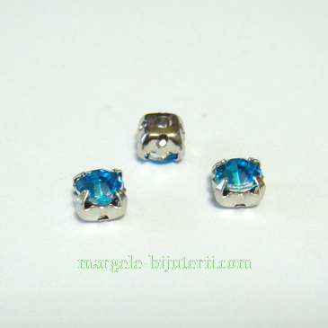 Margele montee rhinestone, plastic, bleu, 5x5x4mm 1 buc
