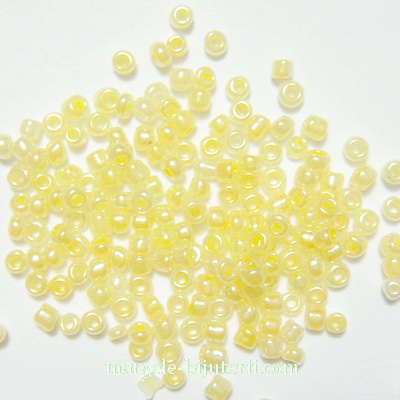 Margele nisip, crem, transparente, sidefate, 2mm 20 g