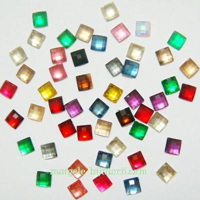 Aplice plastic, multicolore, multifete, 6x6x2mm- 3 gr 45-50 buc