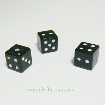 Margele plastic, negre, zar, 6x6x6mm 1 buc